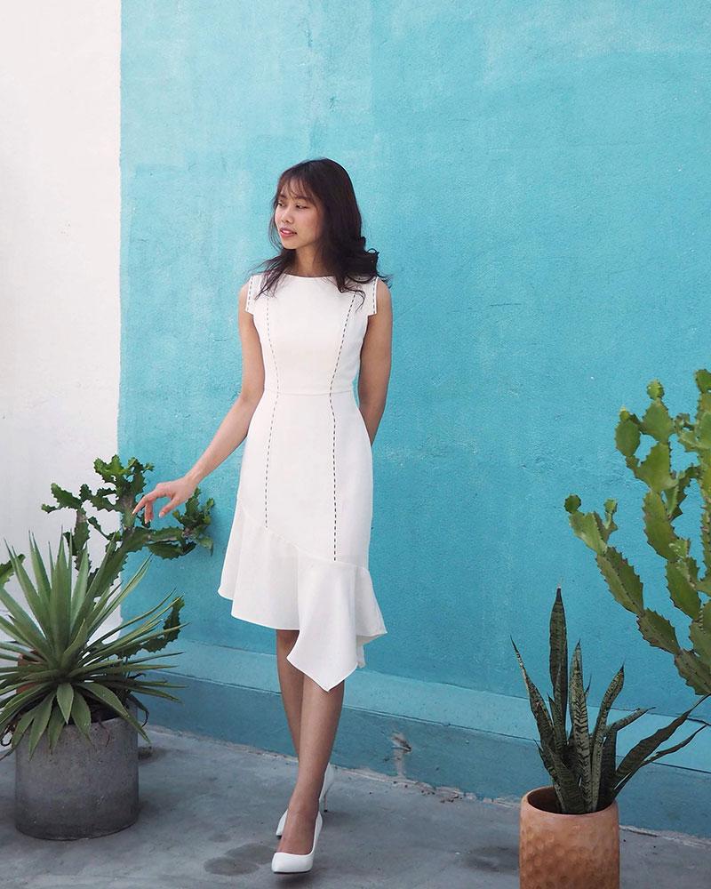 Đầm đuôi xéo thiết kế cho nữ Vuông shop