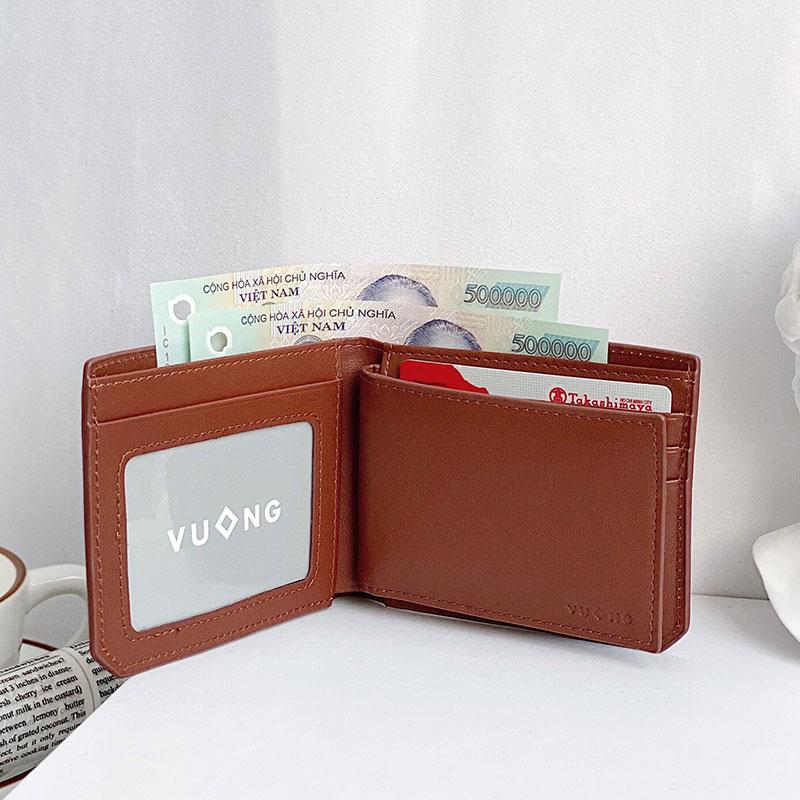 Ví thẻ mini được nhét vào ví chính rất gọn gàng