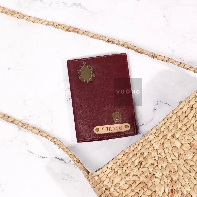 passport cover màu đỏ đô