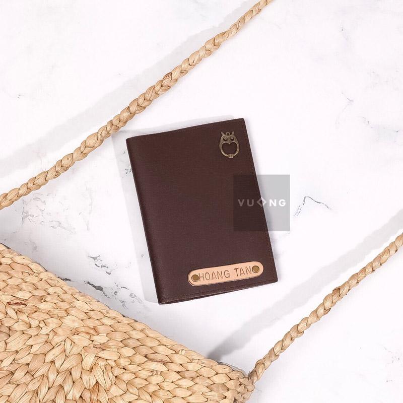 passport cover màu nâu đen