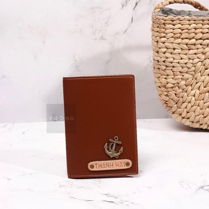 passport cover màu nâu bò