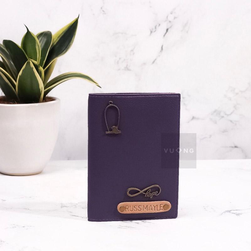 passport cover màu tím